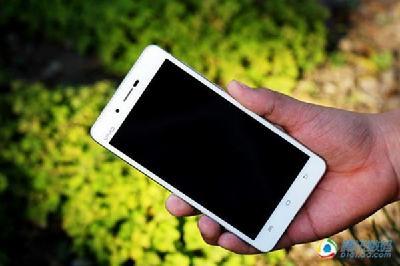 现在最薄的手机是什么 多少mm